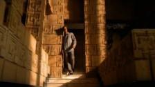 Ricky Martin 'Vuelve' music video