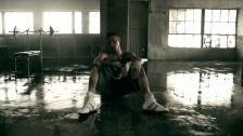 Machine Gun Kelly 'Invincible' music video