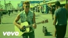 Danny Saucedo 'Todo El Mundo (Dancing In The Streets)' music video