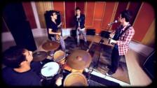 Link'ed 'Disque Sim' music video