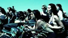 Lenny Kravitz 'American Woman' music video