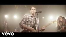 Cris Cab 'Bada Bing (French Version)' music video