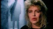 Kim Wilde 'You Keep Me Hangin' On' music video