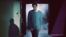 Lauv 'Easy Love' music video