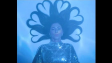 MARINA 'Superstar' music video