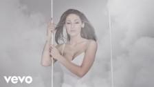 Anna Tatangelo 'Libera' music video