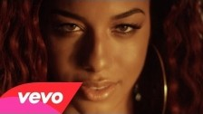 Natalie La Rose 'Around The World' music video
