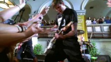 Blink-182 'The Rock Show' music video