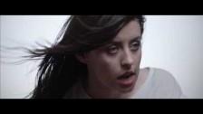 Gordi 'On My Side' music video