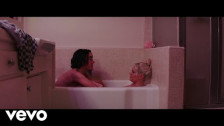 Tove Lo 'Blue Lips' music video