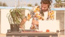 Meg 'Estate (Half Organic Remix)' music video