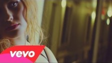 Ella Henderson 'Ghost' music video