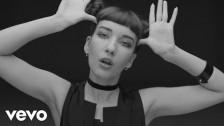Anna Straker 'Serious' music video