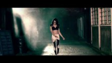 Jodie Connor 'Bring It' music video
