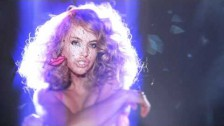 Paulina Rubio 'Me Gustas Tanto' music video