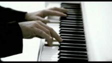 Eros Ramazzotti 'Ci Parliamo Da Grandi' music video