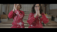 tUnE-yArDs 'ABC 123' music video