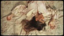 LÉON 'Falling' music video