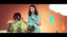 Syria 'Sbalzo Di Colore' music video
