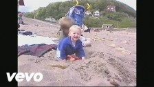 Billie Marten 'La Lune' music video