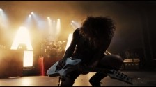 Asking Alexandria 'Moving On' music video