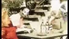 Tre Allegri Ragazzi Morti 'Rasoio, mattatoio, pazzatoio' music video