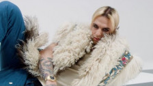 Achille Lauro 'Lauro' music video