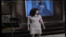Cher 'The Shoop Shoop Song (It's In His Kiss)' music video