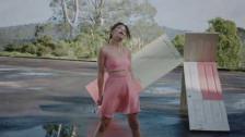 Estère 'Rent' music video