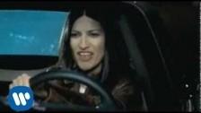 Laura Pausini 'Dos Historias Iguales' music video
