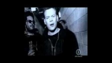 UB40 '(I Can't Help) Falling in Love' music video