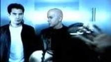Angie Aparo 'Spaceship' music video