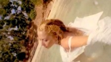 Marta Sánchez 'De Mujer A Mujer' music video