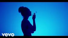 Jaira Burns 'Burn Slow' music video