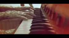 iamamiwhoami 'b' music video