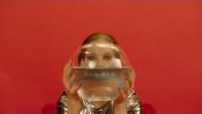 Leyya 'Drumsolo' music video