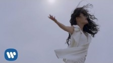 Tia Ray 'Love Can Fly' music video