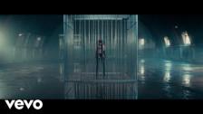Cazzu 'Gatita Gangster' music video