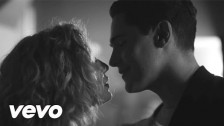 Her 'Union' music video
