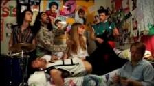 Boy Crisis 'Dressed To Digress' music video