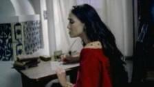 Natalia Oreiro 'Como Te Olvido' music video