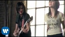 The Veronicas 'Everything I'm Not' music video
