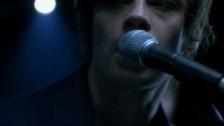 Benjamin Biolay 'Mon amour m'a baisé' music video