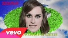 YELLE 'Ba$$in' music video