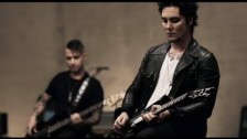 Avenged Sevenfold 'So Far Away' music video