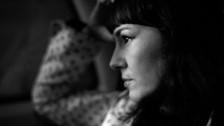 Marta Ren & The Groovelvets '2 Kinds of Men' music video