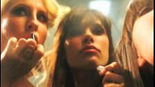 Juliette Lewis 'Fantasy Bar' music video