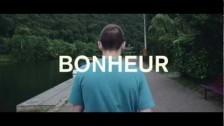 Veence Hanao 'Chasse & Pêche' music video