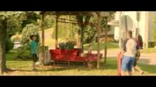 Émilie Lévesque 'Mon village (Le goût du bonheur)' music video