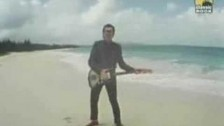 Elvis Costello & The Attractions 'Oliver's Army' music video
